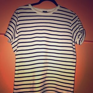 I'm selling a white and navy blue shirt from H&M